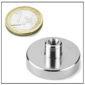 NdFeB Pot Magnet with Internal Threaded Stud Boss Mounting Ø34 mm
