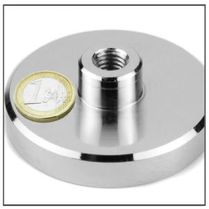 Super Strength Mounting Magnet with Internal Threaded Ø70 mm