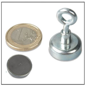 20mm Ceramic Eyebolt Pot Magnet