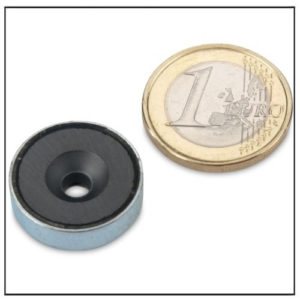 Countersunk Ceramic Pot Magnet Ø 20 x 6 mm
