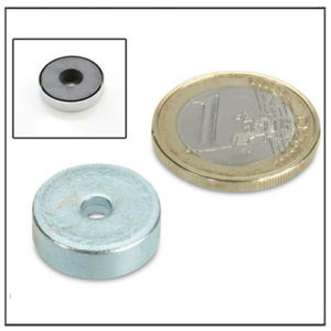 Ferrite Pot Magnets with Borehole 20mm