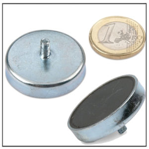External Thread Ceramic Pot Magnet Ø 32mm