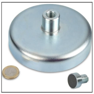 Huge Threaded Bushing Ceramic Holding Magnet Ø 125mm