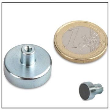 Internal Threaded Bushing Ceramic Pot Magnet 20mm