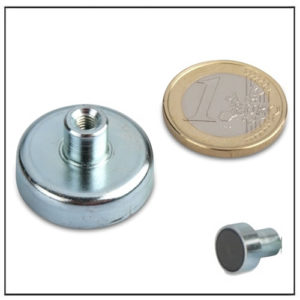 Internal Threaded Sintered Ferrite Pot Magnets Ø25mm