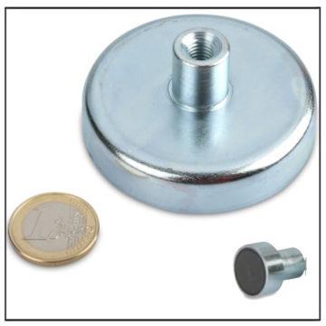 Threaded Bushing Ceramic Holding Magnet Ø 63mm